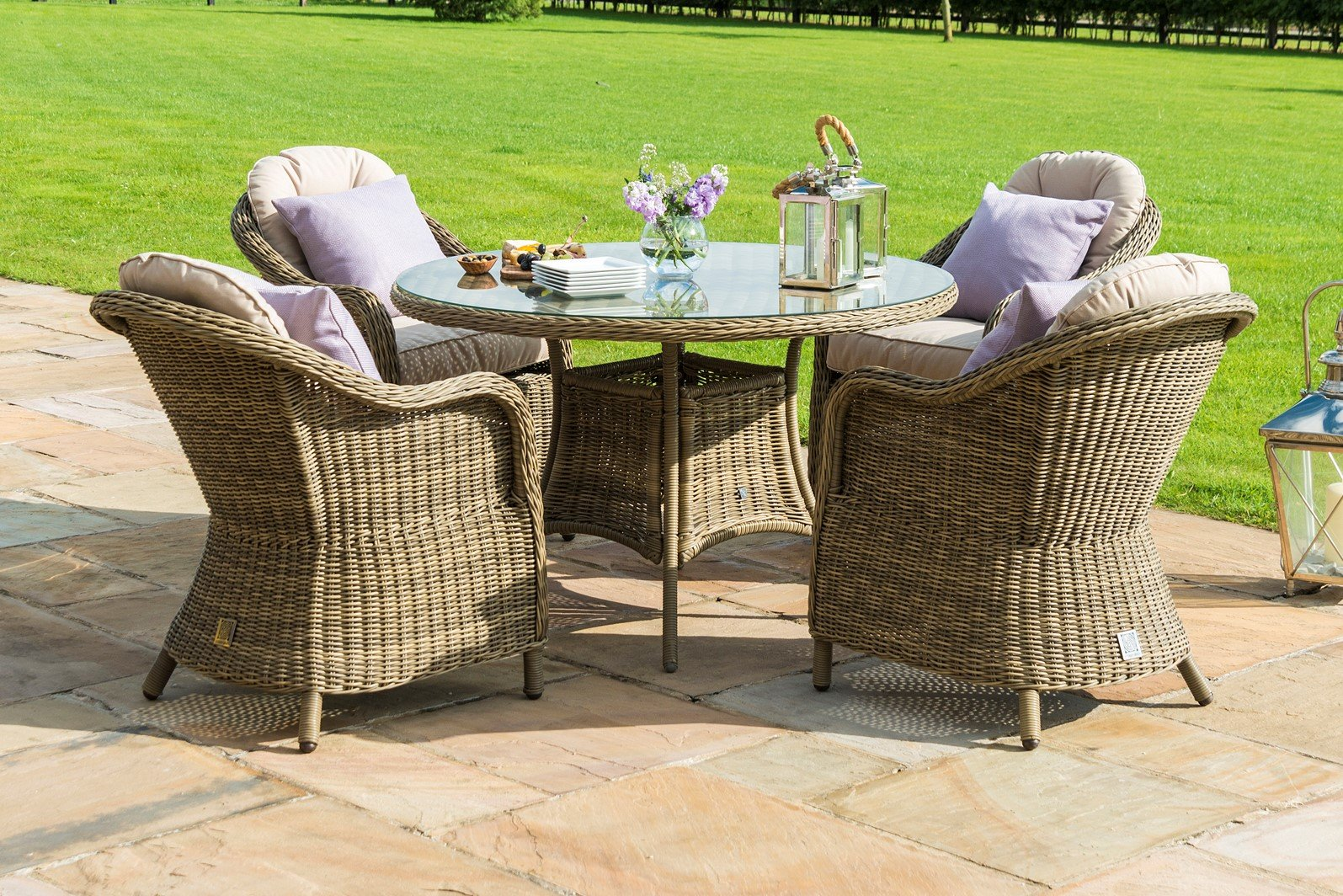 Maze Rattan - Winchester 4 Seat Round Dining Set - With Rounded ...