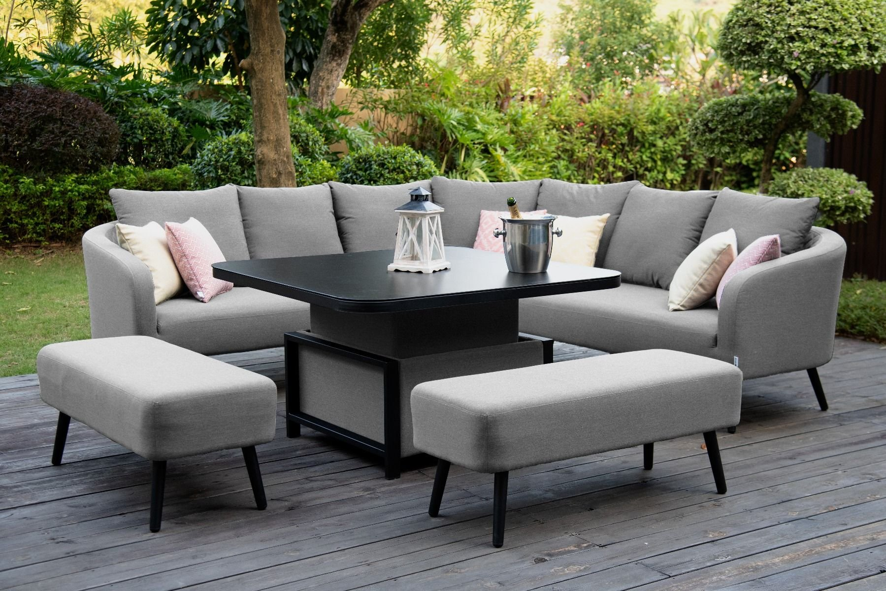Picture of: Furniture Hacks How To Choose The Right Outdoor Furniture Scottish Republican Socialist Movement