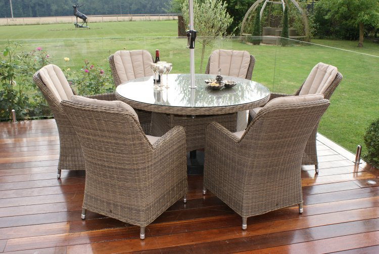 Maze Rattan - Winchester 6 Seat Round - With Venice Chairs & Maze Rattan - Winchester 6 Seat Round - With Venice Chairs | The ...